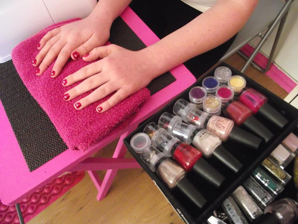 Pamper Queens Teen Pamper Parties - Mini Manicure