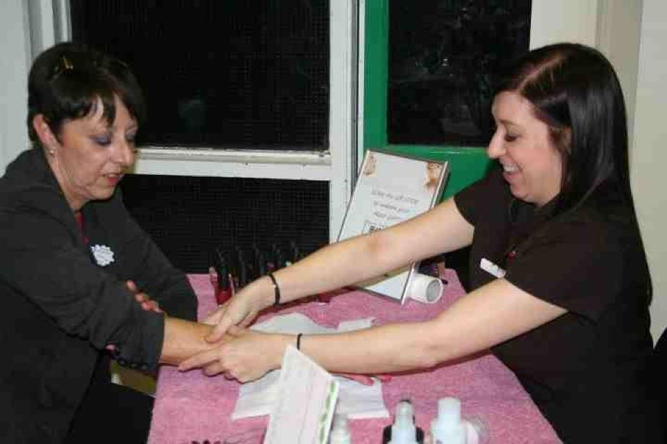 Pamper Queens Ladies Pamper Party - Manicure
