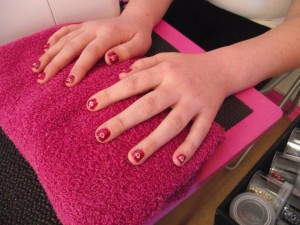 Paper Queens Pamper Parties Team Teen Pamper Parties - Mini Manicure